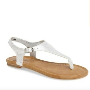 Tate + Tucker T-Strap Youth Girls Sandals